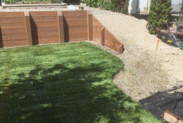 Wood Tie Retaining Wall & Turf Install (11)