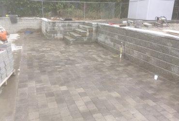 Gary retaining wall paver pad